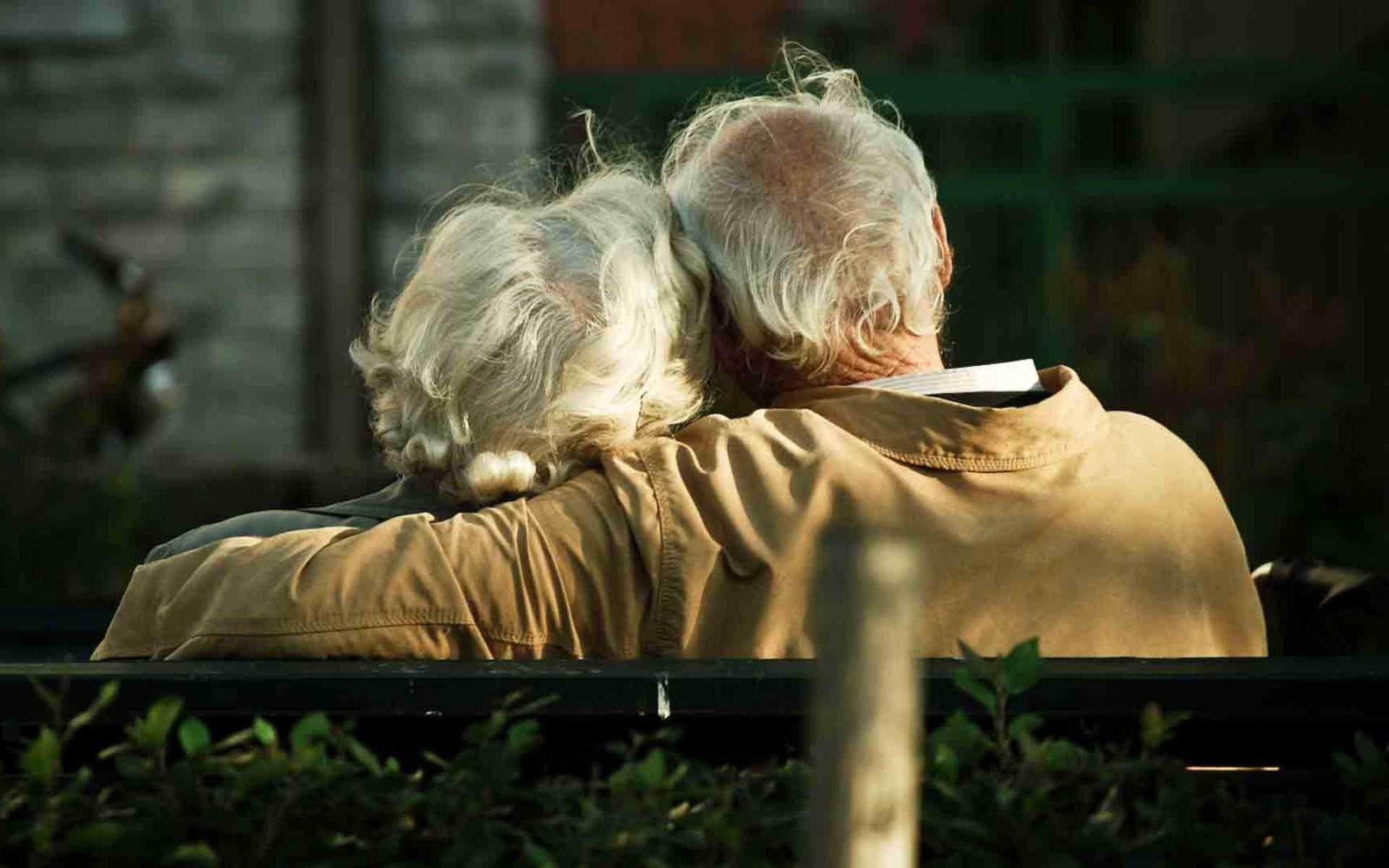Советы о любви от женщин, которые замужем более 40 лет