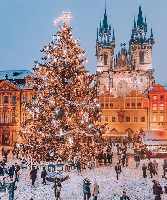 10 городов, куда поехать на Рождество в Европу