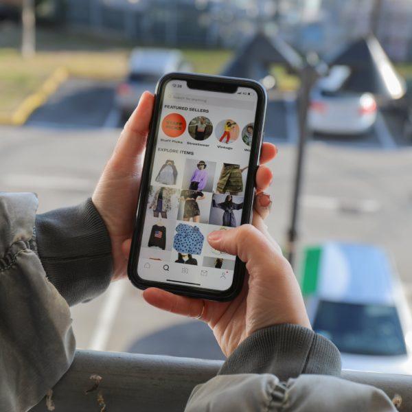 Etsy покупает Depop для перепродажи модной одежды за 1,63 миллиарда долларов